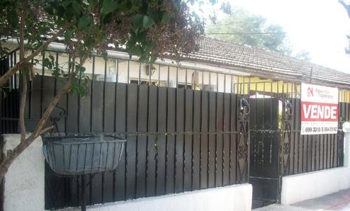 Casa Barata en Conchali Casa de un Piso en Tranquilo Barrio de Conchalí en Conchalí Casa en Barrio en Venta Conchalí