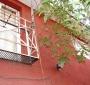 Amplia y Sólida Casa en Venta Dos Pisos con Patio en Recoleta: