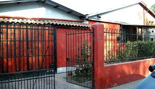 Venta de Amplia Casa con Patio en Conchalí