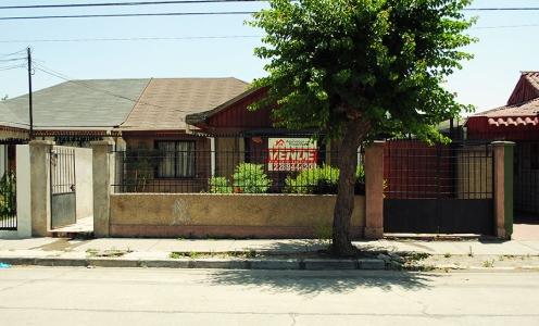 Casas y Propiedades en Conchalí Amplia Casa Familiar Plaza Campanario Conchalí en Venta en Conchalí Casa con Patio en Venta en Venta Conchalí