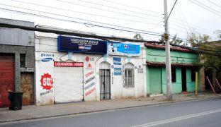 Venta de Propiedad Comercial con Galpón en plena Avenida Vivaceta