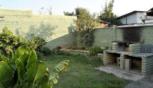 Amplia Casa en Venta de Dos Pisos y Patio en Quilicura