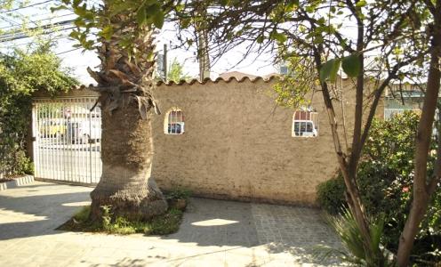 Casa con Patio en Quilicura Amplia Casa Familiar con Patio en Clásico Barrio de Quilicura en Quilicura Casa un Piso con Patio en Venta Quilicura