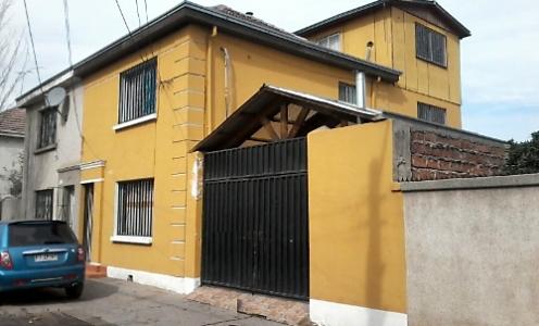 Corredores de Propiedades en Independencia Corretaje Venta Amplia Casa 4 Dormitorios en Independencia en Independencia Casa Familiar en Venta Independencia