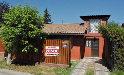 Puente Alto Propiedades Casa de 3 Dormitorios con Patio en Tranquilo Barrio de Puente Alto en Casas en Venta  en Venta Casas en Venta en Puente Alto