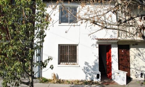 Corredores de Propiedades Quinta Normal Casa Dos Pisos con Patio en Quinta Normal en Casas en Venta  en Venta Casas en Venta en Quinta Normal