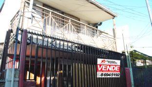 Casa en Venta de Dos Pisos en Santiago Centro