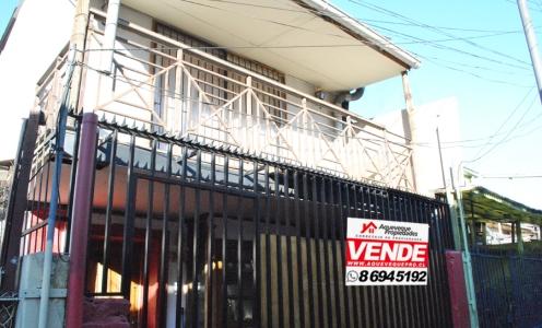 Propiedades en la Comuna de Santiago Centro Casa en Venta de Dos Pisos en Santiago Centro en Casas en Venta Casa en Santiago Centro en Venta Casas en Venta en Santiago Centro