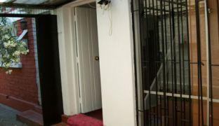 Casa dos Pisos Condominio en Calle Cotapos