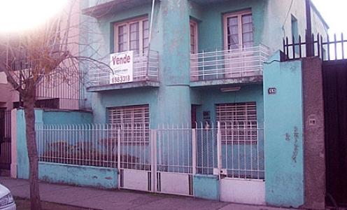 Amplia Casa de Dos Pisos en Avenida Francia en Independencia Casa en Venta Independencia