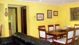 Amplia Casa de Tres Dormitorios en Venta sector Plaza Chacabuco