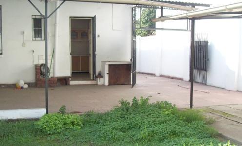 Casas en Ventas Buenos Barrios y Sectores Amplia Casa en Venta de Tres Dormitorios Barrio Einstein en Independencia Casa Un Piso en Venta Independencia