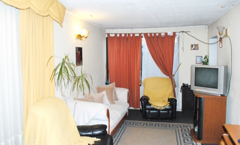 Corredores de Propiedades Dorsal Venta de Casa en La Palmilla con Dorsal en Conchalí Casa en Barrio en Venta Conchalí