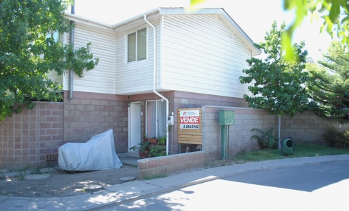 Propiedades en Venta 2013 Propiedad Esquina en Condominio Piedra Roja de Quilicura en Quilicura Casa en Condominio en Venta Quilicura