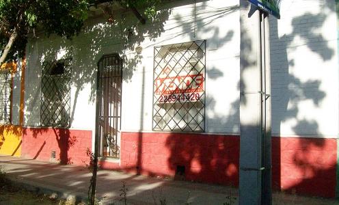 Ñuñoa Propiedades Casas en Venta Amplia y Gran Propiedad Habitacional / Comercial en Ñuñoa en Casas en Venta Casa Grande en Venta Casas en Venta en Ñuñoa