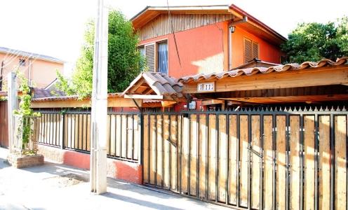 Venden Casas en Recoleta Amplia Casa Familiar de Dos Pisos / 6 Dormitorios en Recoleta en Recoleta Casa Familiar en Venta Recoleta
