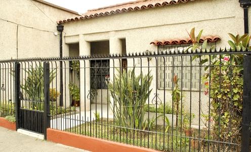 Propiedad en Venta: Recoleta Venta Amplia Casa Familiar en Barrio Einstein en Casas en Venta Casa con Patio en Venta Casas en Venta en Independencia