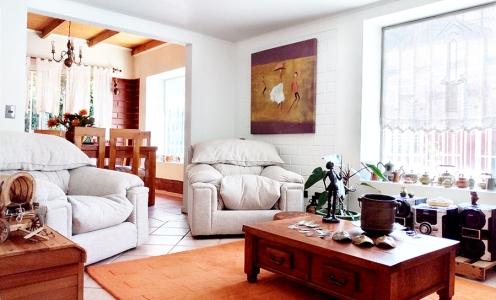 Corredores de Propiedades en Quilicura Impecable Casa Familiar 3 Dormitorios y Patio – Quilicura en Quilicura Casa de Esquina en Venta Quilicura